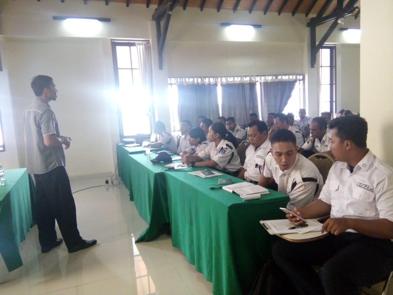 Materi Prinsip-Prinsip Satpam dari Bpk. Darmawan Putra staff ASTAcademy